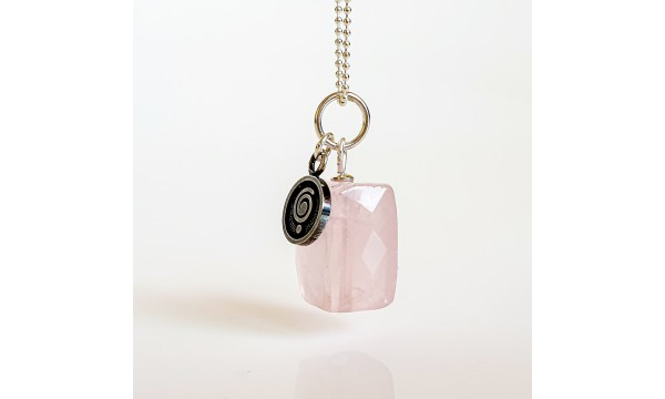 """Pakabutis """"Širdies akmuo"""" rožinis kvarcas"""